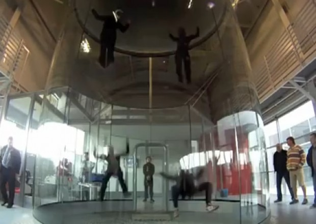 Skydiving ballet Ballet in een windtunnel