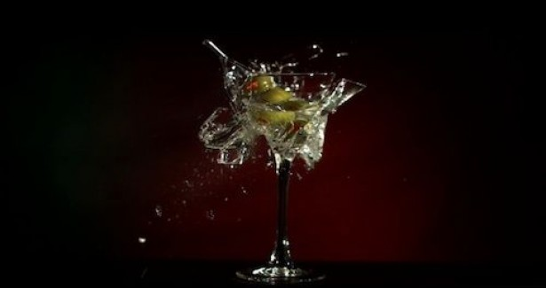 cocktail Ontploffende cocktails in super slow motion