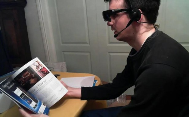 augmented reality bril Man maakt eigen augmented reality bril