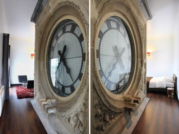 Hotelkamer met 100 jaar oude klok - Kamer jaar oude jongen ...