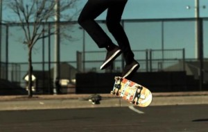 Slow-motion: skateboard-trucs