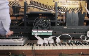 twitter-piano