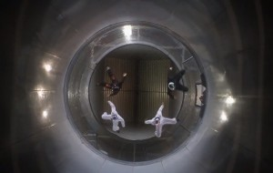 Acrobatiek in een windtunnel