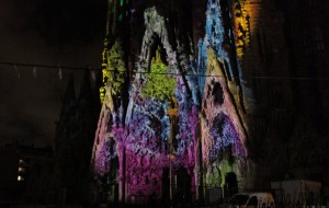 Projection mapping op de Sagrada Familia