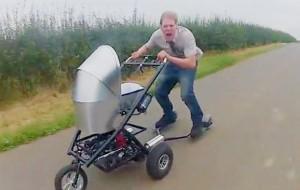 Deze kinderwagen gaat 80 kilometer per uur