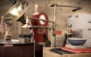 Rube Goldberg machine bakt pannenkoeken
