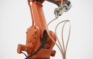 Industrile robot maakt sculpturen in de lucht
