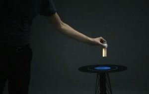 EM Table: een tafel met een elektromagnetisch veld