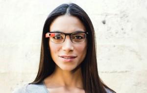 Google Glass ziet er nu beter uit en is ook geschikt voor mensen met slechte ogen