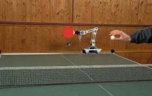 Deze robot speelt tafeltennis als een professional