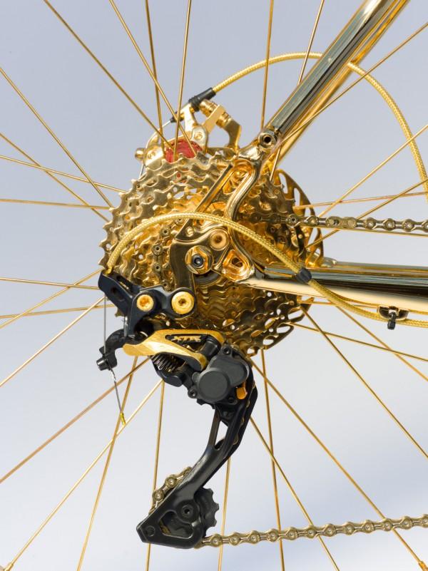 велосипед млн goud3 600x801 велосипед 1000000