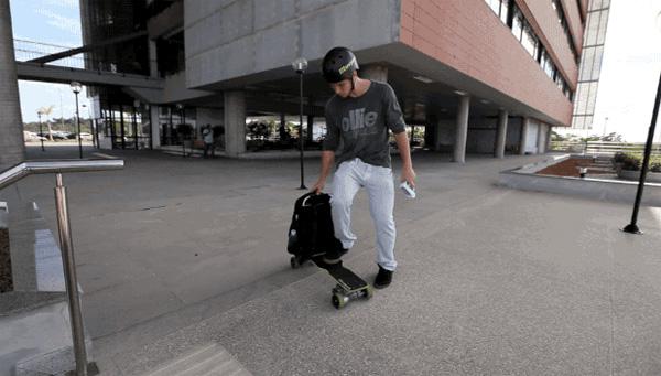 movpak skateboard rugzak Movpak: een rugzak met een ingebouwd elektrisch skateboard