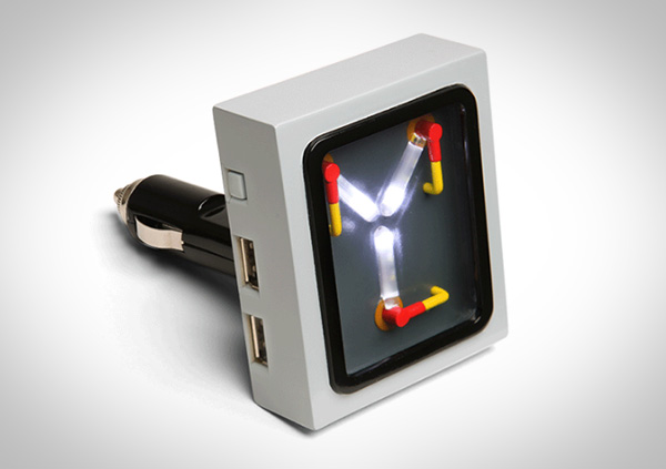 flux-capacitor-usb-lader