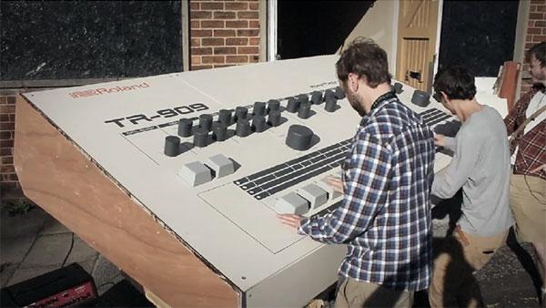 Een drumcomputer voor reuzen