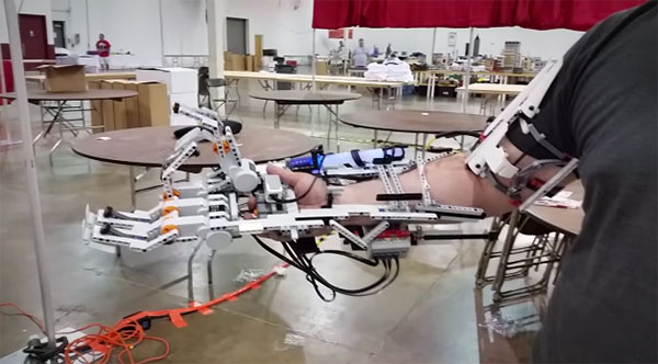lego-robotarm