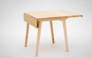 folding-table-wooden-cloth