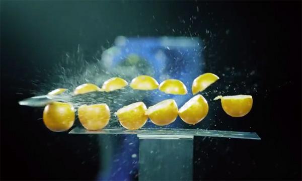 robot-arm-zwaardvechten