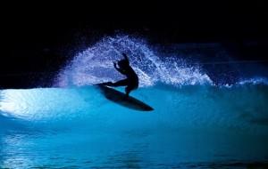 wavegarden-nacht-surfen