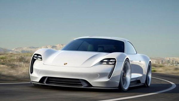 De Porsche Mission E is het Duitse antwoord op Tesla