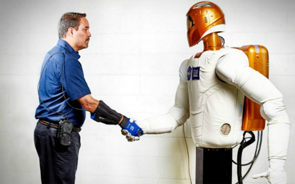 power-glove-robot