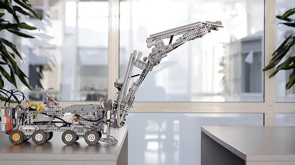 lego-robot-brug