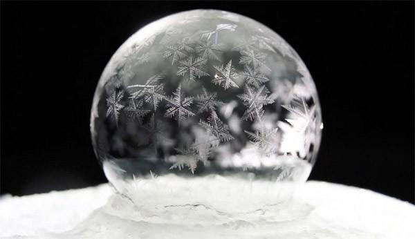 bevroren-zeepbellen