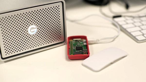 Raspberry Pi Zero W: een draadloze mini-computer voor 10 dollar