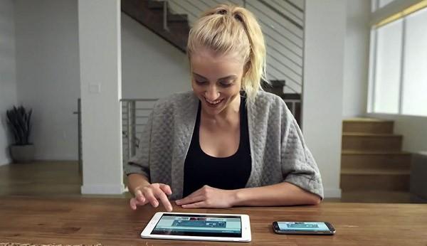 Superscreen maakt draadloos een tablet van een smartphone