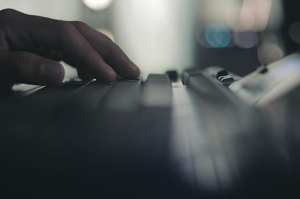 lyrebird-praten-computer