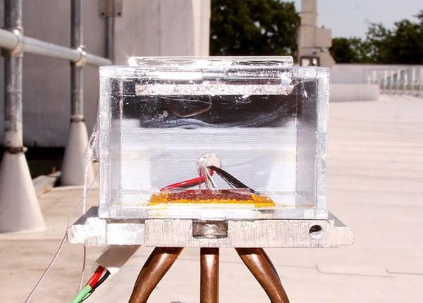 Prototype van het MIT haalt drinkwater uit de Sahara