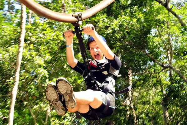 Rollercoaster Zipline: achtbaan en kabelbaan in één