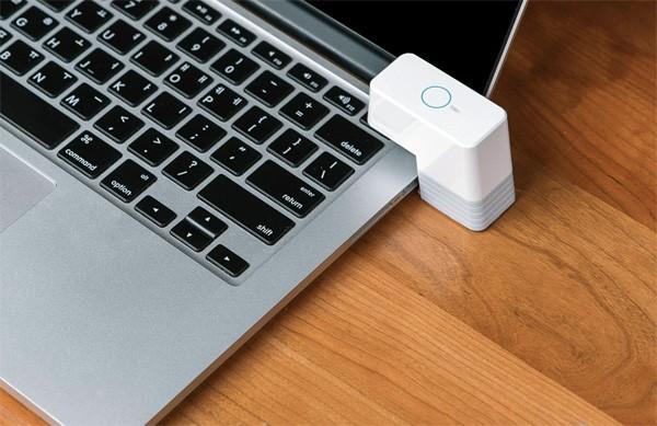 MicroBot Push verbindt iedere knop met het internet