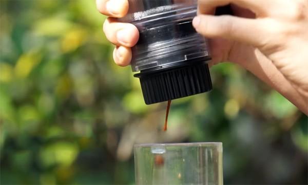 Simpresso: mobiel espressoapparaat voor Nespresso cups
