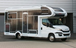 De nieuwe camper van Dethleffs is volgebouwd met zonnepanelen