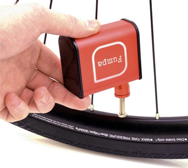 Fumpa: elektrische fietspompen die je snel op weg helpen