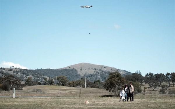 Het moederbedrijf van Google bezorgt burritos met een drone