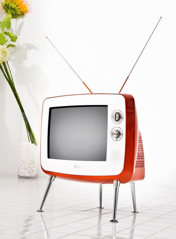 lg-retro-tv3