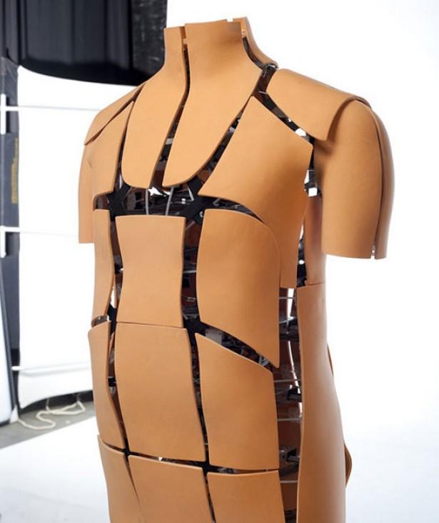 Online kleding passen met robot-paspop