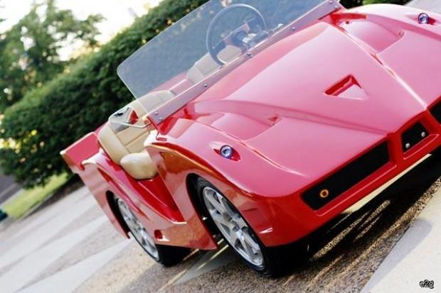 Ferrari golfkarretje
