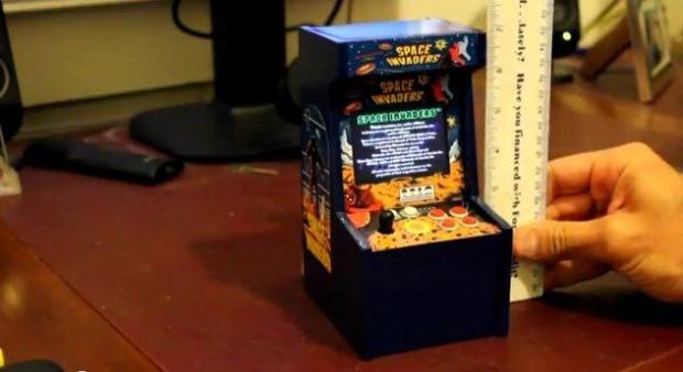 Extreem kleine Space Invaders arcade-kast