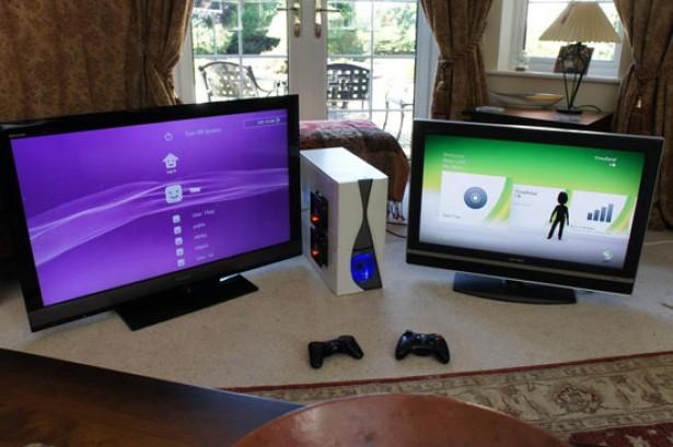 Xbox 360 en PS3 in een computerkast
