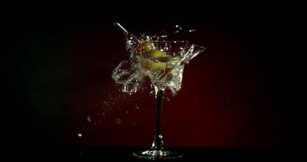 Ontploffende cocktails in super slow-motion