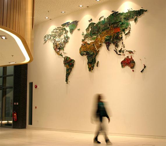 Wonderbaarlijk Wereldkaart van computeronderdelen - Freshgadgets.nl BF-32