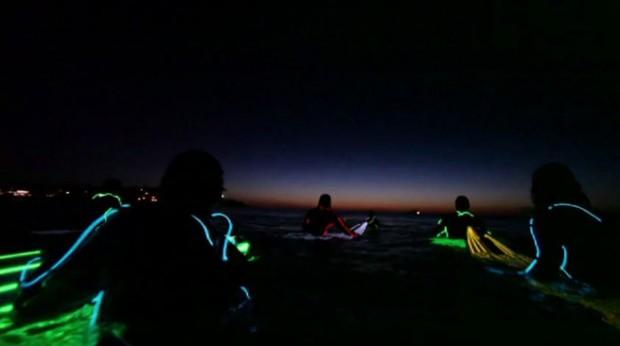 Surfen met neon