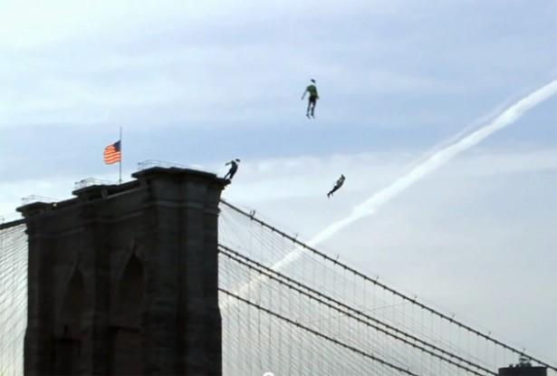 Vliegende mensen gespot in New York