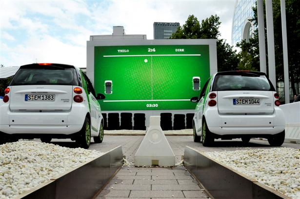 Auto's worden Pong-controllers
