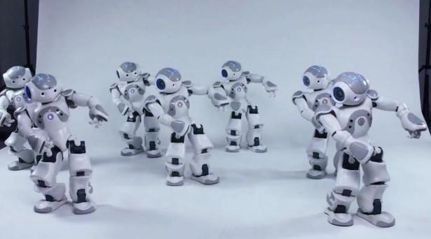 Robots dansen op Michael Jackson