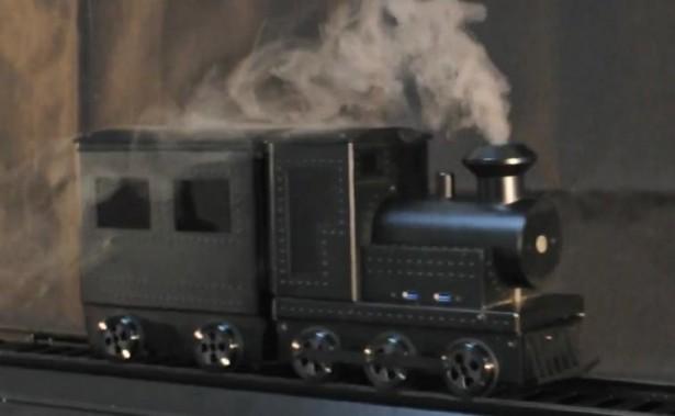 Computer in de vorm van rijdende trein