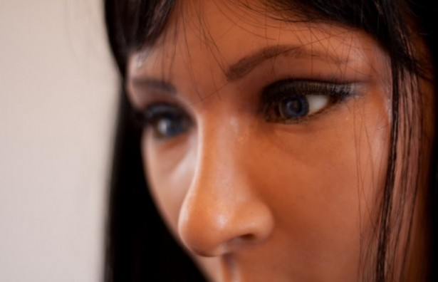 Robot heeft realistische gezichtsuitdrukkingen