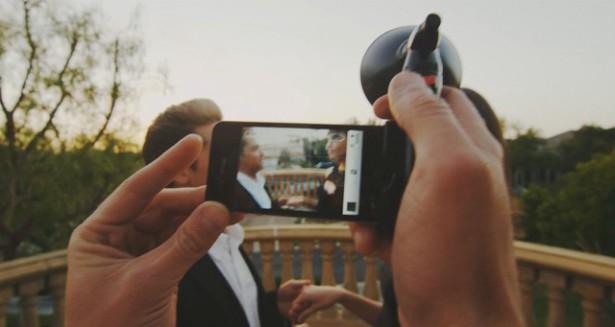 Paparazzo flitser voor iPhones